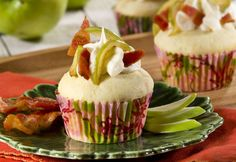 Apple Cinnamon French Toast Cupcake with Bacon Maple Cream Frosting I imperialsugar