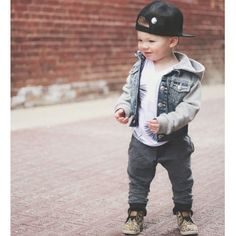 Seriously. How are these toddlers cooler than me? Tropics tee - #finomenonkids @tys_threads