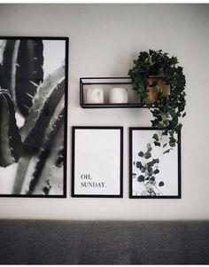 Gallery wall with simple prints and plants .- Galeriewand mit einfachen Drucken und Pflanzen Gallery wall with simple prints and plants press - Modern Wall Decor, Diy Wall Decor, Diy Bedroom Decor, Living Room Decor, Home Decor, Living Room Wall Ideas, Bedroom Ideas, Bed Room Wall Ideas, Bedroom Wall Decorations