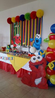#decoracion #elmo #tiendadeeventoschia Monster Birthday Parties, Elmo Party, Baby 1st Birthday, 1st Boy Birthday, First Birthday Parties, Mickey Party, Dinosaur Party, Dinosaur Birthday, Birthday Ideas