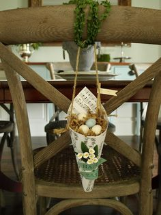 #Easter #Baskets Made from #Paper - what a great idea.could be used with silk flowers for dec. reception/guest chairs