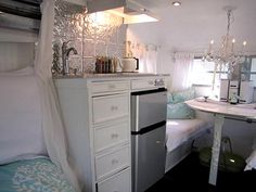 love this camper interior.. glamping