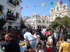 Fiestas populares pueblos de España, encierros taurinos.