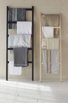 Linen Ladder | stack blankets