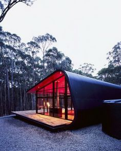 I don't see a container. Home : Eleven Amazing Shipping Container Homes Shipping Container Housing Shipping Container Design, Container House Design, Shipping Containers, Container Pool, Container Buildings, Container Architecture, Architecture Design, Australian Architecture, Casas Containers