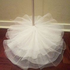 Tulle-tree-step 4 More Hmmm, ideas, ideas Tulle Christmas Trees, Pink Christmas Decorations, Small Christmas Trees, Christmas Tree Crafts, Homemade Christmas, Xmas Tree, Christmas Projects, Simple Christmas, Christmas Holidays
