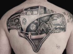#vosvossevdasi ☮✌ #vwtattoogalery  #vosvos #vosvostv #vosvosturkey #travel #vosvostr #vosvoscu #vosvoslar #vosvosmylife #kırmızıvosvos… Vw Tattoo, Car Tattoos, Cartoon Tattoos, Cool Tattoos For Guys, Christmas Ad, Minimal Tattoo, Cute Little Girls, Vintage Ads, Drawing S