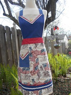 Women's Patriotic Apron American Flag Red by ArtyApronsAndSuch, $36.00