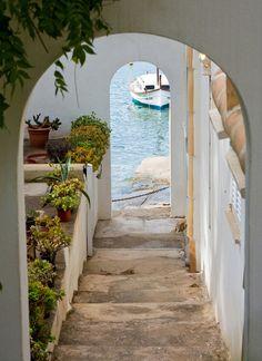 12 steps to the sea. Cala D'Or, Mallorca Island, Spain.