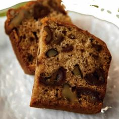 Date nut bread with walnut is truly delicious bread recipe. This date nut bread is so moist, light, and flavorful. You can add a cupful of raisins (or chocolate chips) goes wonderfully in the batte… Tasty Bread Recipe, Bread Recipes, Baking Recipes, Baking Desserts, Yummy Recipes, Vegetarian Recipes, Dessert Recipes, Date Nut Bread, Banana Nut Bread