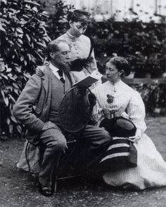 "o-delaisse: ""Charles Dickens reading to his daughters. Dickens is my favourite!"