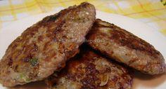 Tapa+na+cara,+Bolinho+de+carne+moída+frito Tapas, Ground Meat, Caramel Apples, Poultry, Baked Potato, Sausage, Steak, Pork, Low Carb