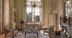 Arte Arredo – купить мебель итальянской фабрики Arte Arredo из Италии по низким ценам в PALISSANDRE.ru Paint Furniture, Timeless Elegance, Bed Design, Beautiful Homes, Home Goods, Elegant, Furnitures, Murals, Houses