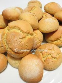Biscotti al latte Italian Biscuits, Italian Cookies, Italian Desserts, Italian Recipes, Bakery Recipes, Cookie Recipes, Dessert Recipes, Biscotti Cookies, Yummy Cookies