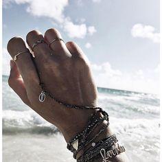 Bijoux des vacances d'été ✨@Audreylombard wearing a #SOGOLI Classic