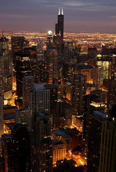 Chicago at night, Illinois... #Night #Travel #Chicago #Illinois #USA .. See more... https://www.facebook.com/chris.wysocki1/media_set?set=a.940904789271587.1073741837.100000562257390&type=3