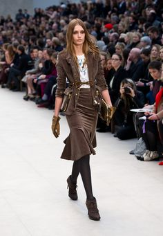 love this fall trend Fit-and-Flare Skirts