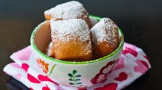 Delicious, light and fluffy Beignets. only thing beter would be to be in New Orleans at Cafe Du Monde! Just Desserts, Delicious Desserts, Dessert Recipes, Yummy Food, Dessert Food, Donut Recipes, Dessert Ideas, Beignets, Beignet Recipe