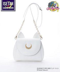 Sailor Moon x Samantha Vega Fashion Collaboration Geek Fashion, Fashion Bags, Fashion Handbags, Runway Fashion, Fashion Trends, Sailor Moon Collectibles, Sailor Moon Merchandise, Luna And Artemis, Vegas Style