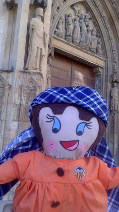 Por los alrededores de la catedral