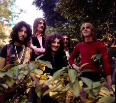 fleetwood mac with peter green - Bing images Rhythm And Blues, Blues Music, Rock N Roll Music, Rock And Roll, Peter Greene, Peter Green Fleetwood Mac, John Mcvie, Psychedelic Fashion, Lindsey Buckingham