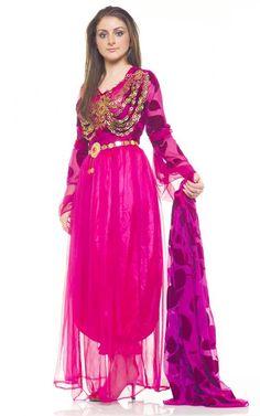 Kurdish Girl in a beautiful Dress. Love the Color❤