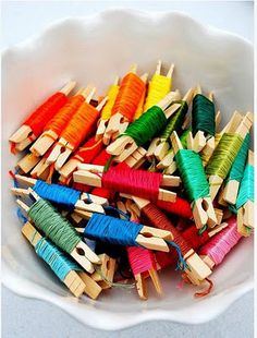 Embroidery Floss - this is so cute! Much, much better than cardboard floss cards. Now I need ALOT of tiny clothes pins so I can start rewrapping all of my floss! Nice idea except when you have 7 drawers full of the cardboard wound embroidery floss! Craft Room Storage, Craft Organization, Storage Ideas, Craft Rooms, Organizing Tips, Storage Solutions, Diy Storage, Yarn Storage, Storage Hacks