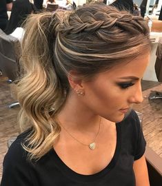 63 stunning examples of brown ombre hair - Hairstyles Trends Short Hair Updo, Ponytail Hairstyles, Pretty Hairstyles, Short Hair Styles, Up Hairdos, Teenage Hairstyles, African Hairstyles, Brown Ombre Hair, Homecoming Hairstyles