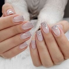 Cute Summer Nails Designs 2019 To Make You Look Cool And Stylish Nail Polish Colors manicure undoubtedly is considered as the universal one. Using the various designs and techniques you can create Awesome Look With Nails Picture Credit Polish Color. Cute Summer Nail Designs, Cute Summer Nails, Spring Nails, Fall Nails, Holiday Nails, Fall Nail Art Designs, Christmas Nails, Perfect Nails, Gorgeous Nails