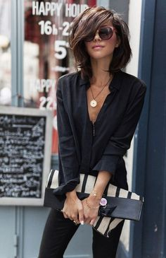 Fashion Trends for Summer 2019 Parisian Style - Click the pic for more inspo from ParisParisian Style - Click the pic for more inspo from Paris Mode Outfits, Fall Outfits, Casual Outfits, Fashion Outfits, Womens Fashion, Fashion Hair, Ladies Fashion, Fashion Ideas, Fashion Tips