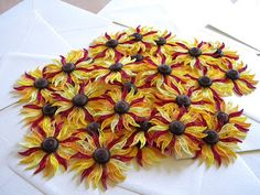Quilling by Anca Milchis: Sunflower wedding madness