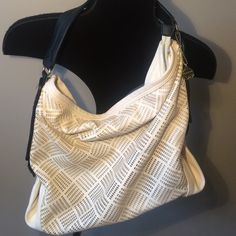 Big Buddha bag Off white and black over the shoulder bag good condition 17X14 Big Buddha Bags Shoulder Bags