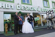 Empfang für Franz & Sisi vorm HB1 Design & Budget Hotel Wien Schönbrunn