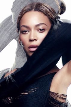 """1. #FondMusic I was amazed by the display of  bold lyrics and the meaning, wow the meaning and the aesthetics of the video. """"Spoon-fed pluralized eyes to find the beaches in the forest"""" Beyonce-Haunted. Part Ghost"""