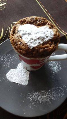 Mám rád tyhle hrnkové buchty a i když jsou si všechny podobné složením, nad touhle jsme se doslova olizovali. Inspiraci jsem měl v přiloženém videu. Vše vám nezabere ani 5 minut. Autor: fanyNJ Tiramisu, Muffin, Pudding, Mugs, Cooking, Breakfast, Cake, Ethnic Recipes, Baroque
