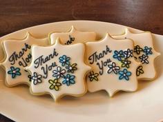 Thank you cookies Leaf Cookies, Fancy Cookies, Flower Cookies, Iced Cookies, Cute Cookies, Sugar Cookies, Cookie Cake Decorations, Cookie Decorating, Thank You Cookies
