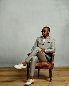 imagine the reaction of everyone you would encounter, if you walked out the door elegantly dressed each day. Sharp Dressed Man, Well Dressed Men, I Love Ugly, Dapper Men, Male Poses, Trends, Gentleman Style, Modern Man, Moda Masculina