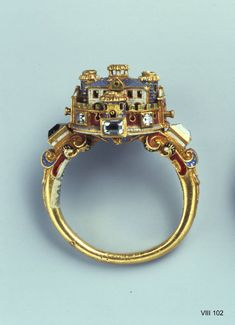 Ring with castle, maybe Italian, 2nd half of the 16th century. Gold, diamond, enamel. H 2.8 cm, W 2.3 cm. Gren Vault, VIII 102 © Dresden State Art Collections.