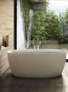 Attitude bathtub by Jacuzzi®