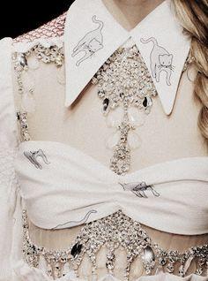The pearls of fashion : Revue de détail haute couture P/E 2012 – LuxeGlamVolupte
