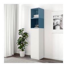 EKET Combinaison rangement avec plinthe IKEA Combinez rangements ouverts et fermés pour exposer ou dissimuler vos objets selon vos préférences.