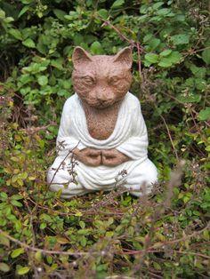 Cat Gargoyle Evil Feline Concrete Garden Statue Scary Kitty