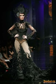 "Tex Saverio 2010 Jakarta, Rejuvenate Fashion Show ""My Courtesan"". Photo KapanLagi.com courtesy of Tex Saverio."