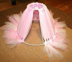 DIY:  How to Make a Tutu Lampshade - using a shade frame and tulle found in the craft store. This is a perfect shabby chic shade and would be cute in a little girl's room - via Mom's Eat Cold Food