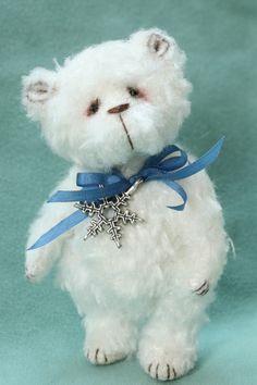 Pipkins Bears -- ICICLE