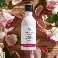 Fresh more youthful looking skin is just three steps away. Step one: cleanse and rehydrate with our Vitamin E cleanser Body Shop At Home, The Body Shop, Body Shop Skincare, Body Shop Vitamin E, Wrinkle Remedies, Cruelty Free Makeup, Eye Palette, Cleanser, Body Care