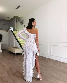 Tringa Kuka ✨ looking gorgeous for her prom night. Source by dress night Glam Dresses, Sexy Wedding Dresses, Event Dresses, Cute Dresses, Beautiful Dresses, Fashion Dresses, Fashion Fashion, Prom Outfits, Dress Outfits