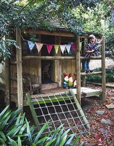 outdoor playhouse...I know lots of little nieces and nephews in my family that would LOVE one of these!