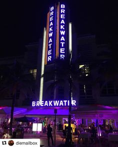#sundayfunday - The Breakwater Hotel!#southbeach #oceandrive #nightlife #miamibeach  #artdeco #artdecomiami #architecture #lights #artdecodistrict #weekendadventures #explore