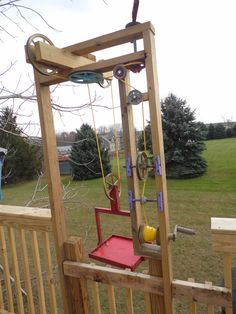 This is a dumb waiter my kids use to bring things up to the tree houses! Check more out at www.treecreations.org